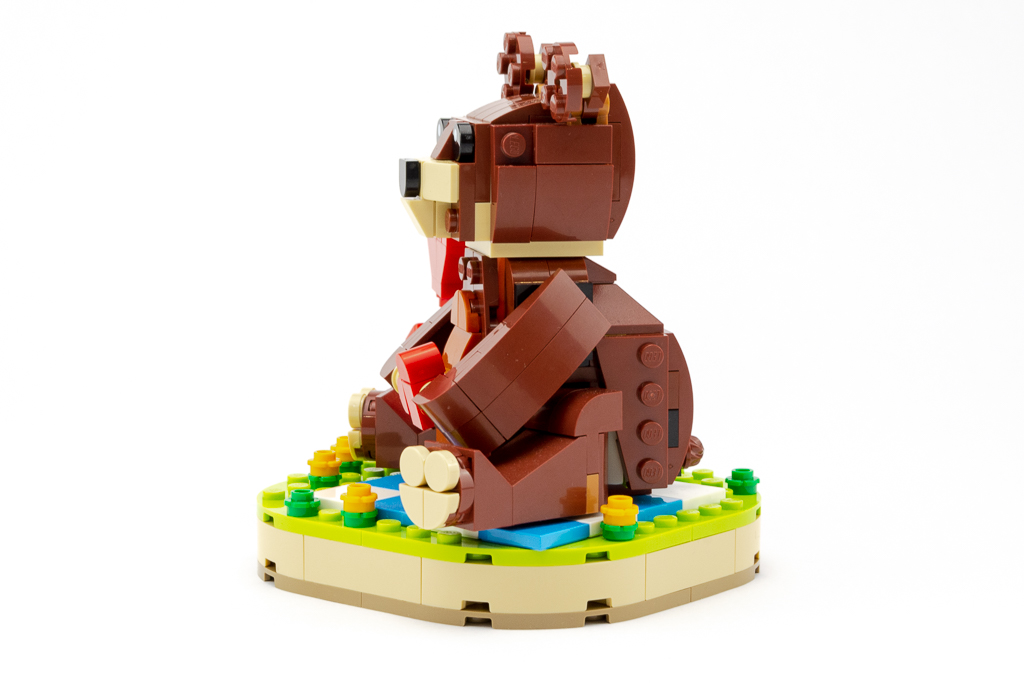 LEGO Review Valentines Brown Bear 23