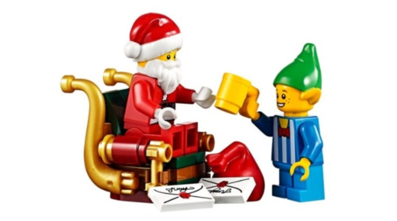 LEGO Seasonal 10245 Santas Workshop Santa minifigure featured