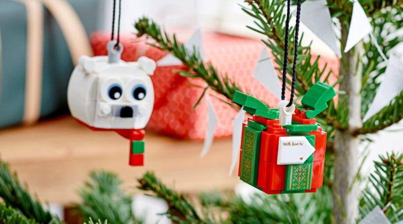 LEGO Seasonal 40494 Polar Bear Gift Pack lifestyle 4 featured