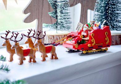 LEGO explains the names on 'Santa's nice list' in 40499 Santa's Sleigh