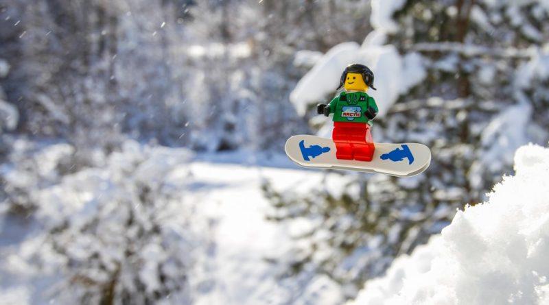 LEGO Snowboarding 800x445