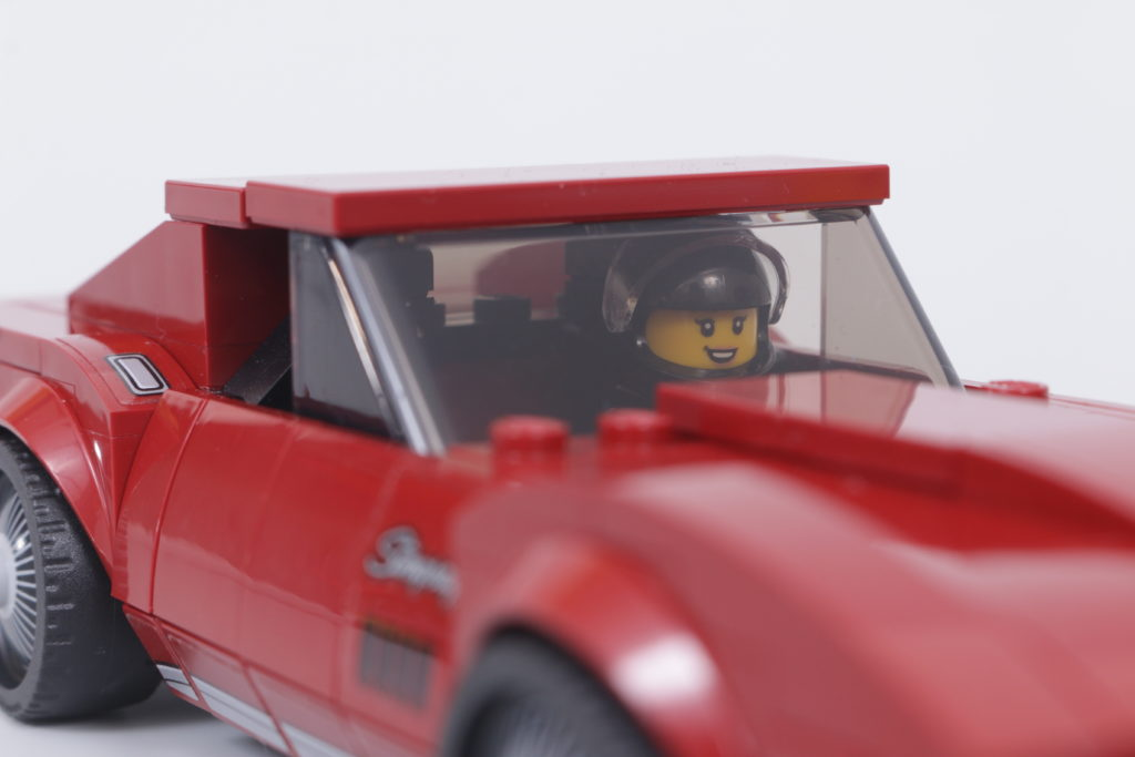 LEGO Speed Champions 76903 Chevrolet Corvette C8.R Race Car and 1968 Chevrolet Corvette review 10