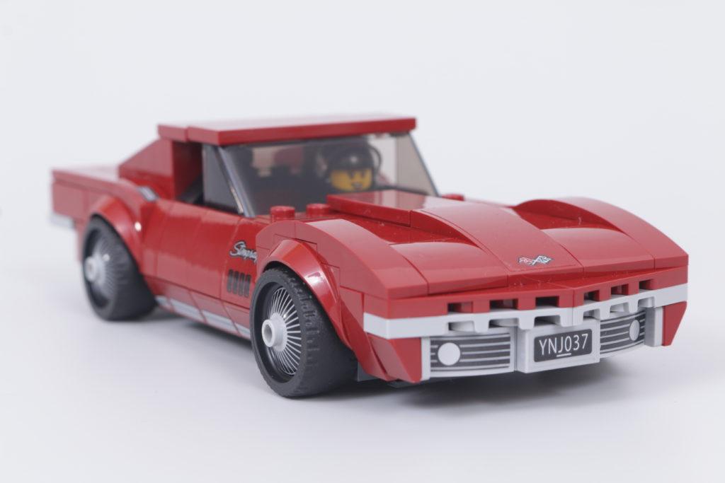 LEGO Speed Champions 76903 Chevrolet Corvette C8.R Race Car and 1968 Chevrolet Corvette review 11