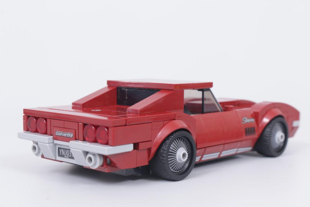 LEGO Speed Champions 76903 Chevrolet Corvette C8.R Race Car and 1968 Chevrolet Corvette review 12