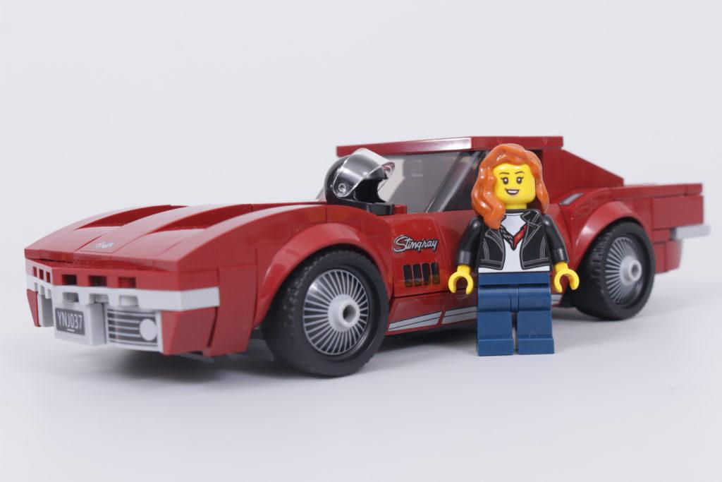 LEGO Speed Champions 76903 Chevrolet Corvette C8.R Race Car and 1968 Chevrolet Corvette review 14