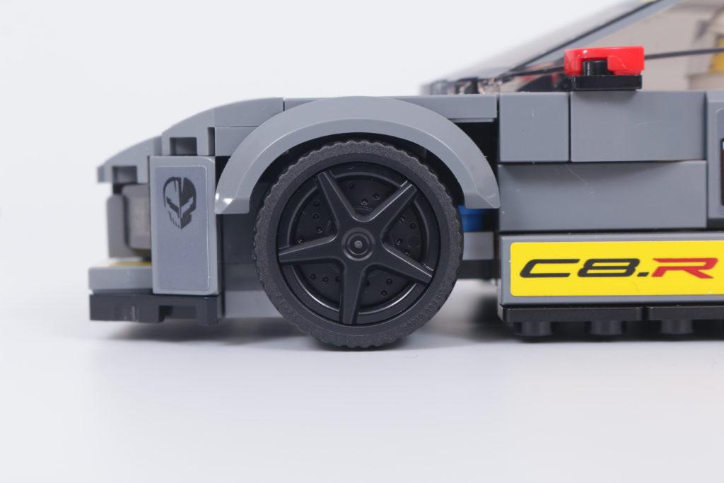 LEGO Speed Champions 76903 Chevrolet Corvette C8.R Race Car and 1968 Chevrolet Corvette review 24