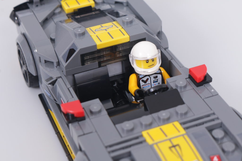 LEGO Speed Champions 76903 Chevrolet Corvette C8.R Race Car and 1968 Chevrolet Corvette review 25