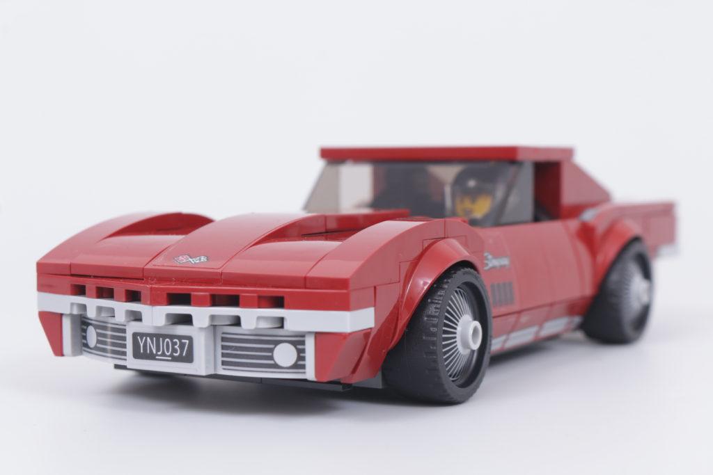 LEGO Speed Champions 76903 Chevrolet Corvette C8.R Race Car and 1968 Chevrolet Corvette review 5