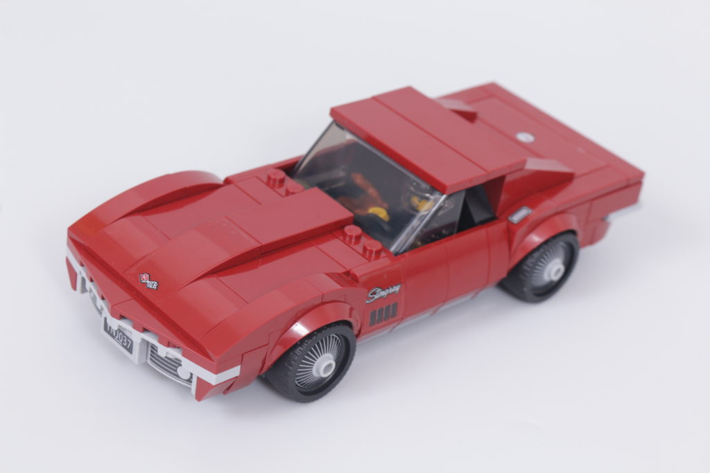 LEGO Speed Champions 76903 Chevrolet Corvette C8.R Race Car and 1968 Chevrolet Corvette review 6