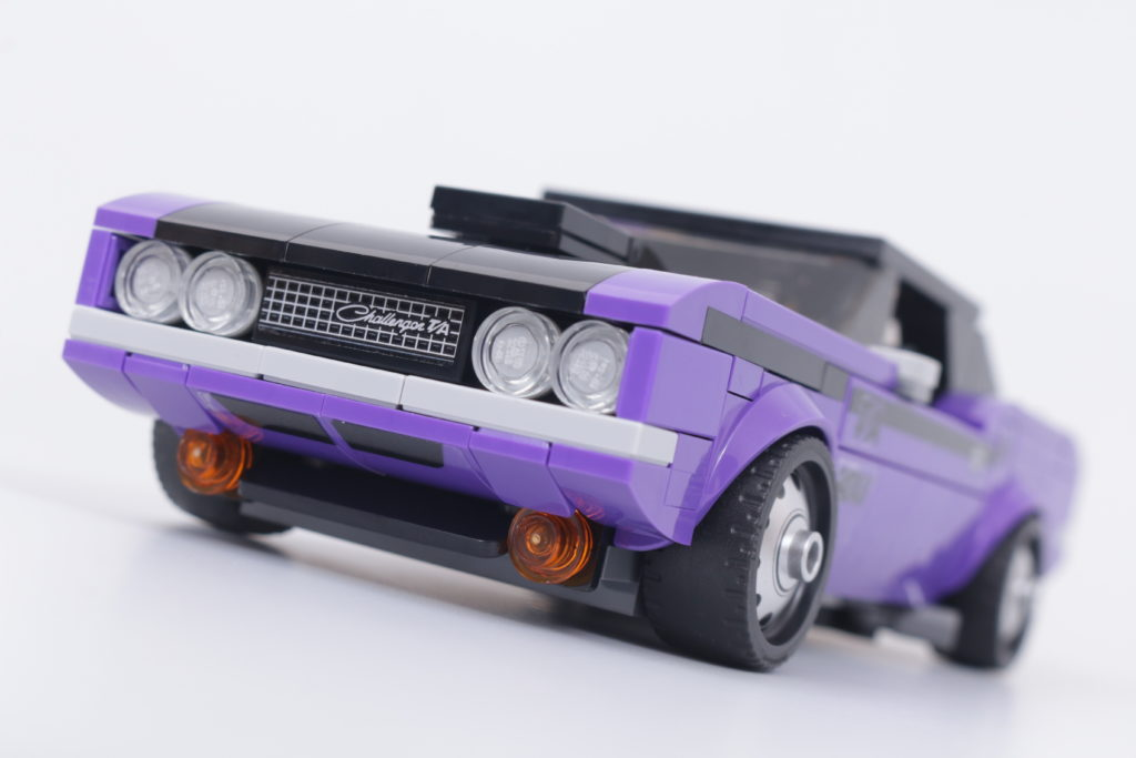 LEGO Speed Champions 76904 Mopar DodgeSRT Top Fuel Dragster And 1970 Dodge Challenger TA Review 19
