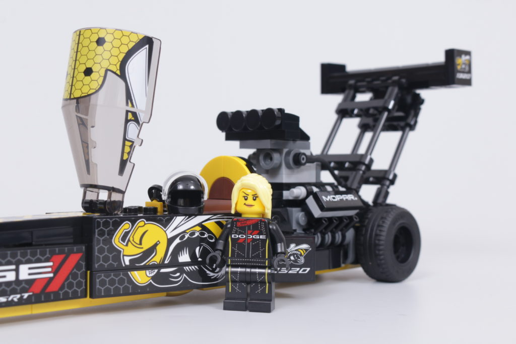 LEGO Speed Champions 76904 Mopar DodgeSRT Top Fuel Dragster And 1970 Dodge Challenger TA Review 35