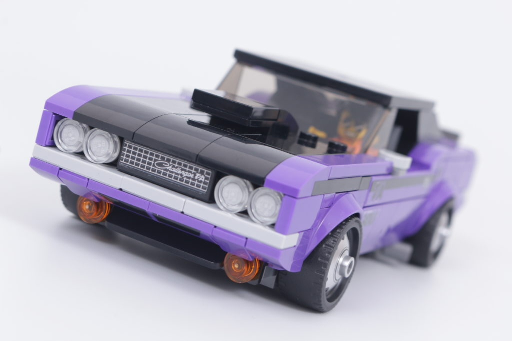 LEGO Speed Champions 76904 Mopar DodgeSRT Top Fuel Dragster And 1970 Dodge Challenger TA Review 7