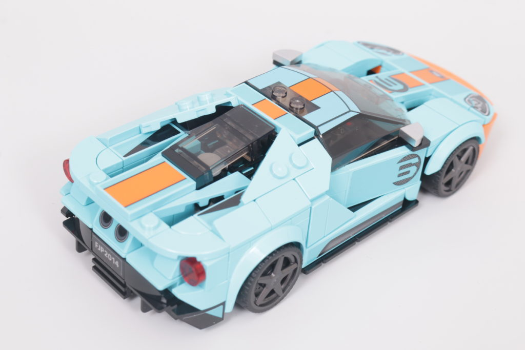 LEGO Speed Champions 76905 Ford GT Heritage Edition and Bronco R review 11