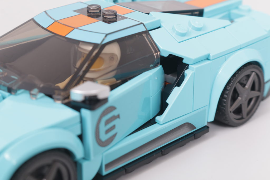 LEGO Speed Champions 76905 Ford GT Heritage Edition and Bronco R review 18