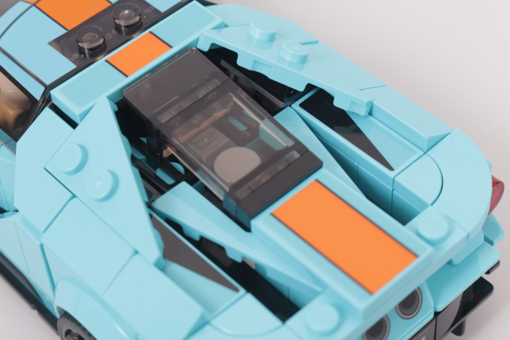 LEGO Speed Champions 76905 Ford GT Heritage Edition and Bronco R review 20