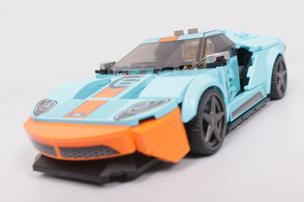 LEGO Speed Champions 76905 Ford GT Heritage Edition and Bronco R review 23