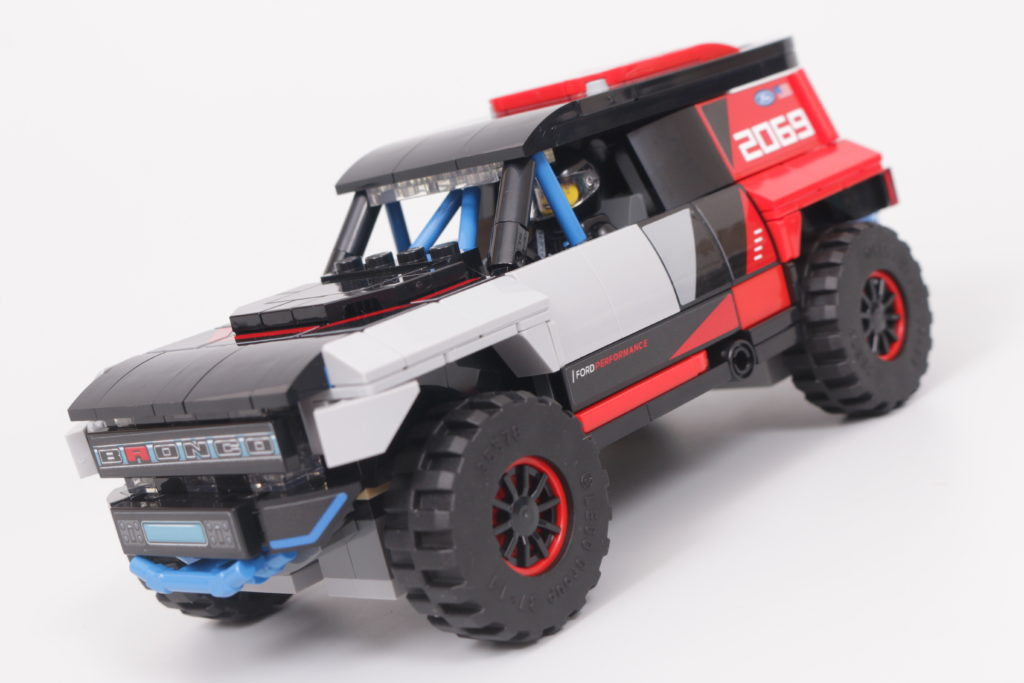 LEGO Speed Champions 76905 Ford GT Heritage Edition and Bronco R review 25