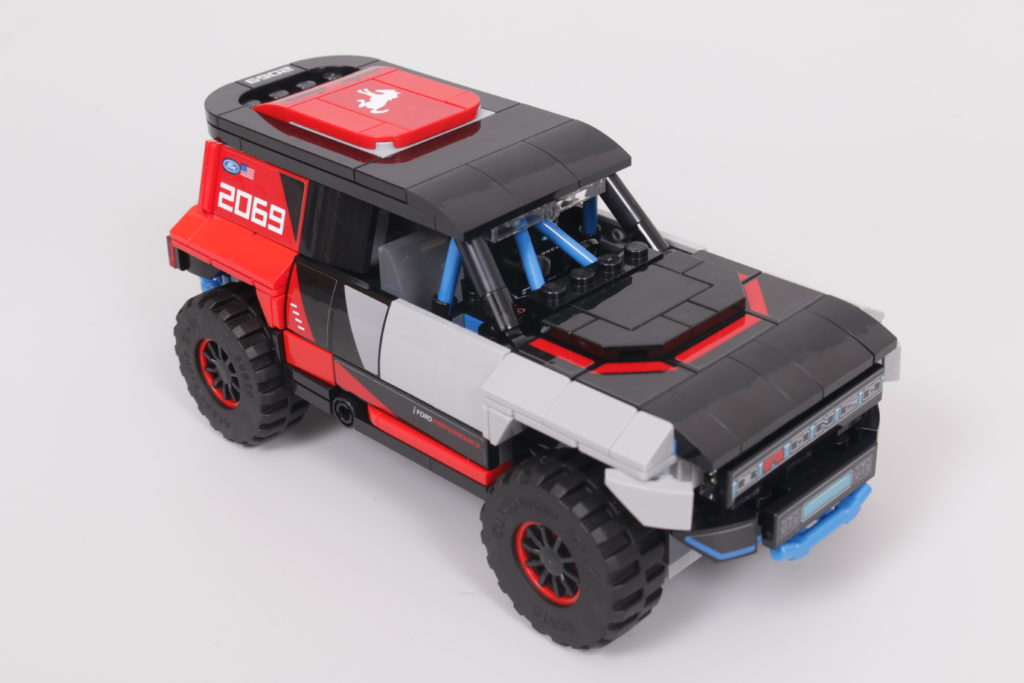 LEGO Speed Champions 76905 Ford GT Heritage Edition and Bronco R review 27
