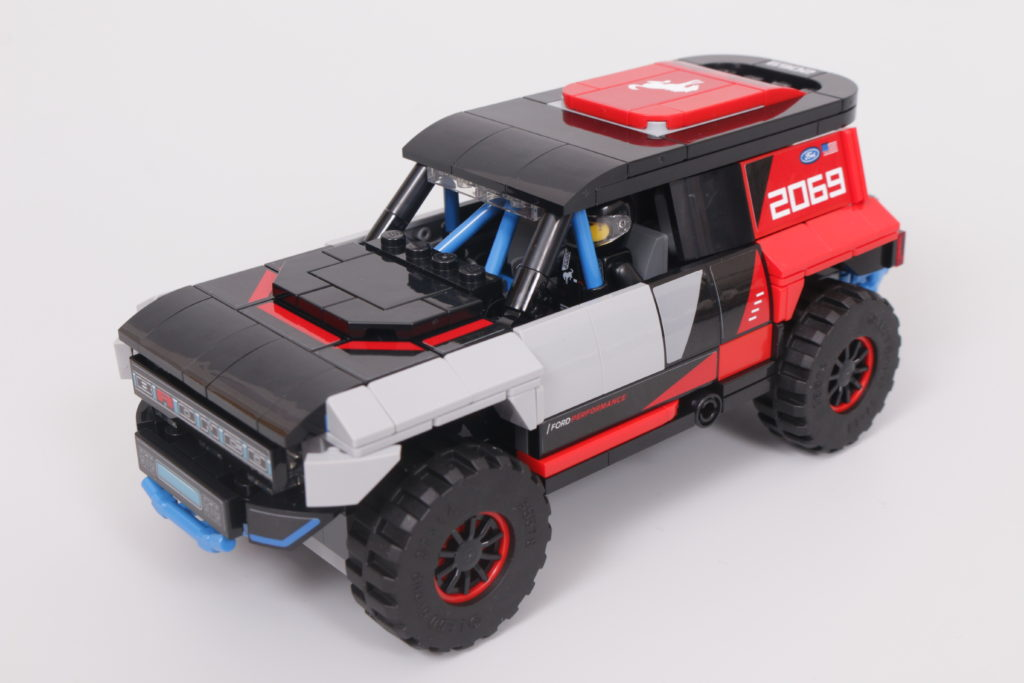 LEGO Speed Champions 76905 Ford GT Heritage Edition and Bronco R review 28