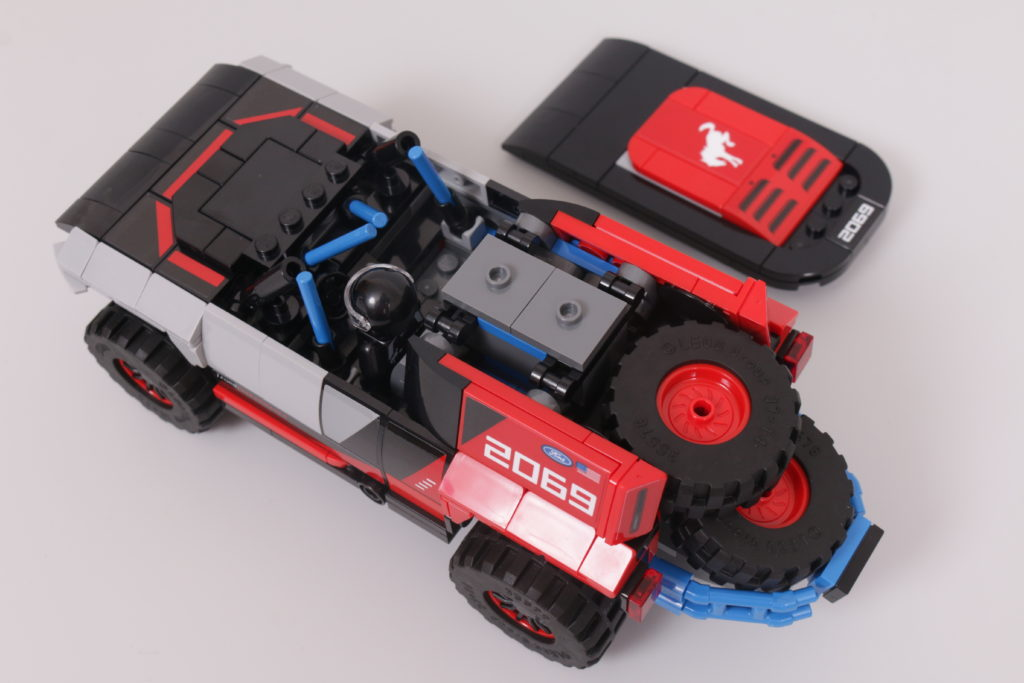 LEGO Speed Champions 76905 Ford GT Heritage Edition and Bronco R review 36