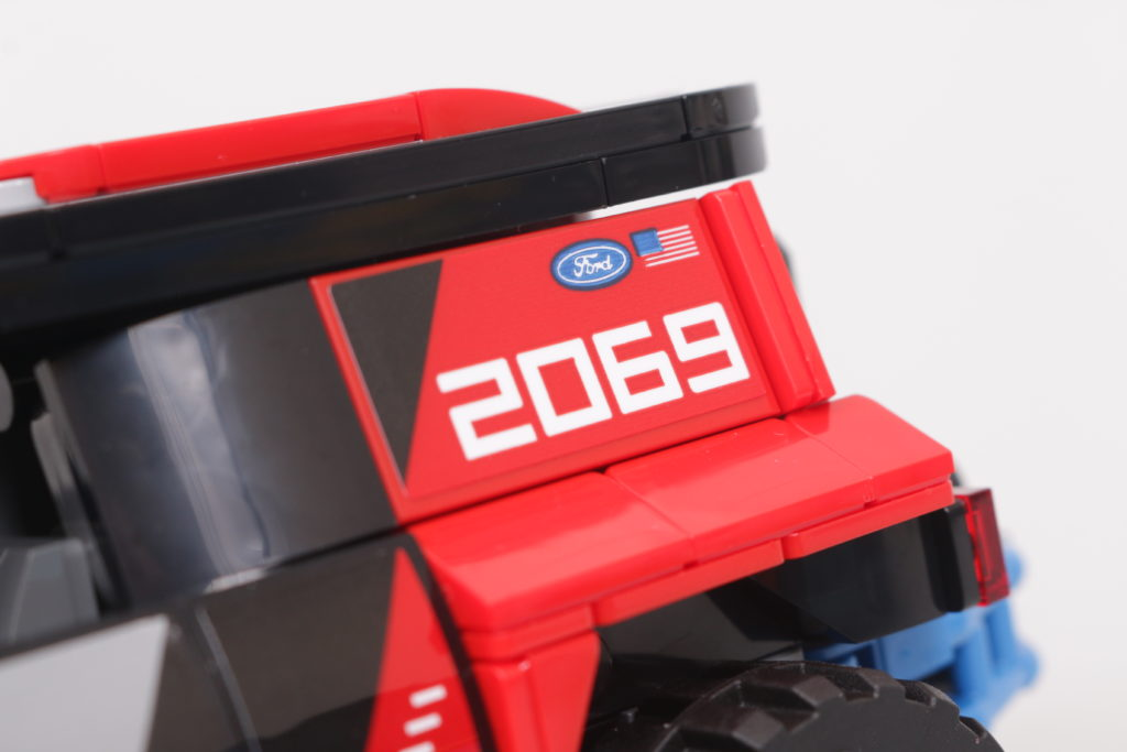 LEGO Speed Champions 76905 Ford GT Heritage Edition and Bronco R review 40