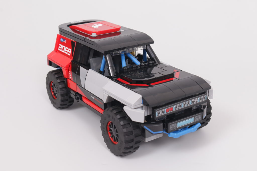 LEGO Speed Champions 76905 Ford GT Heritage Edition and Bronco R review 44