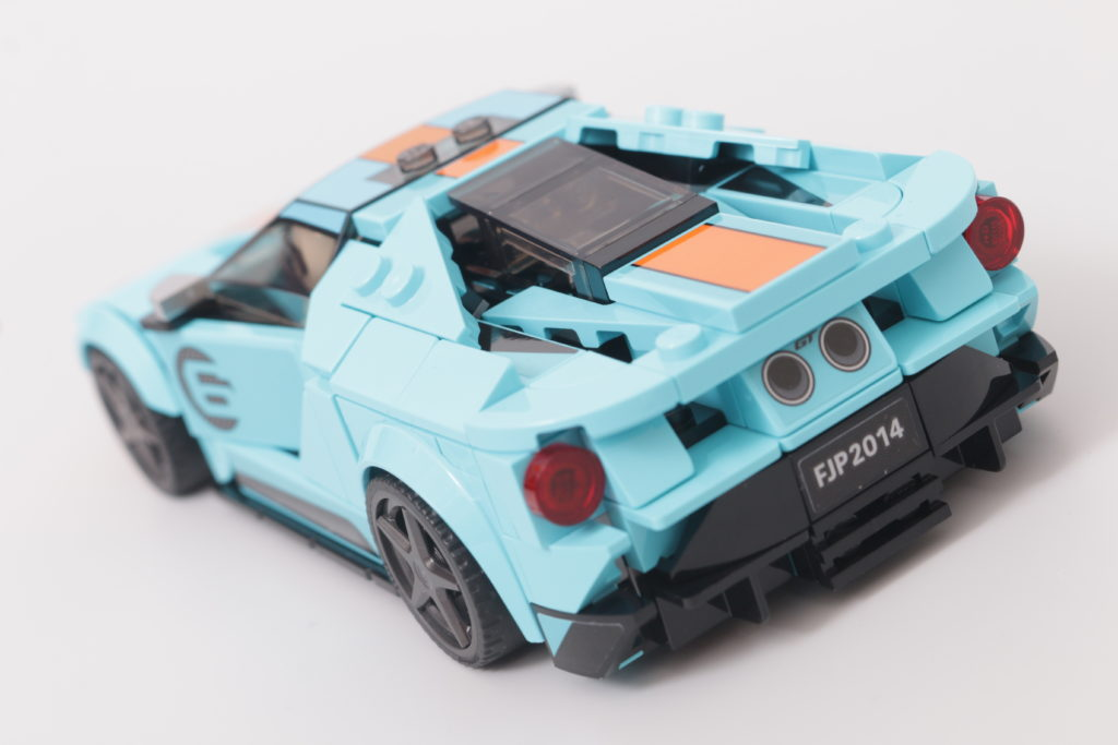 LEGO Speed Champions 76905 Ford GT Heritage Edition and Bronco R review 7