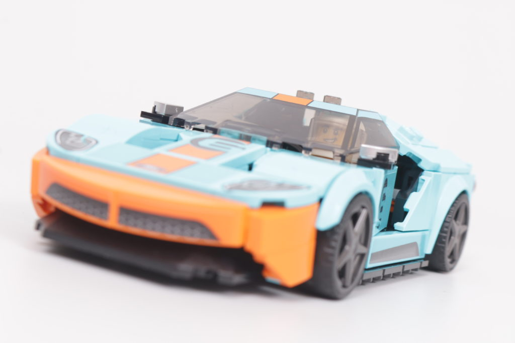 LEGO Speed Champions 76905 Ford GT Heritage Edition and Bronco R review 9
