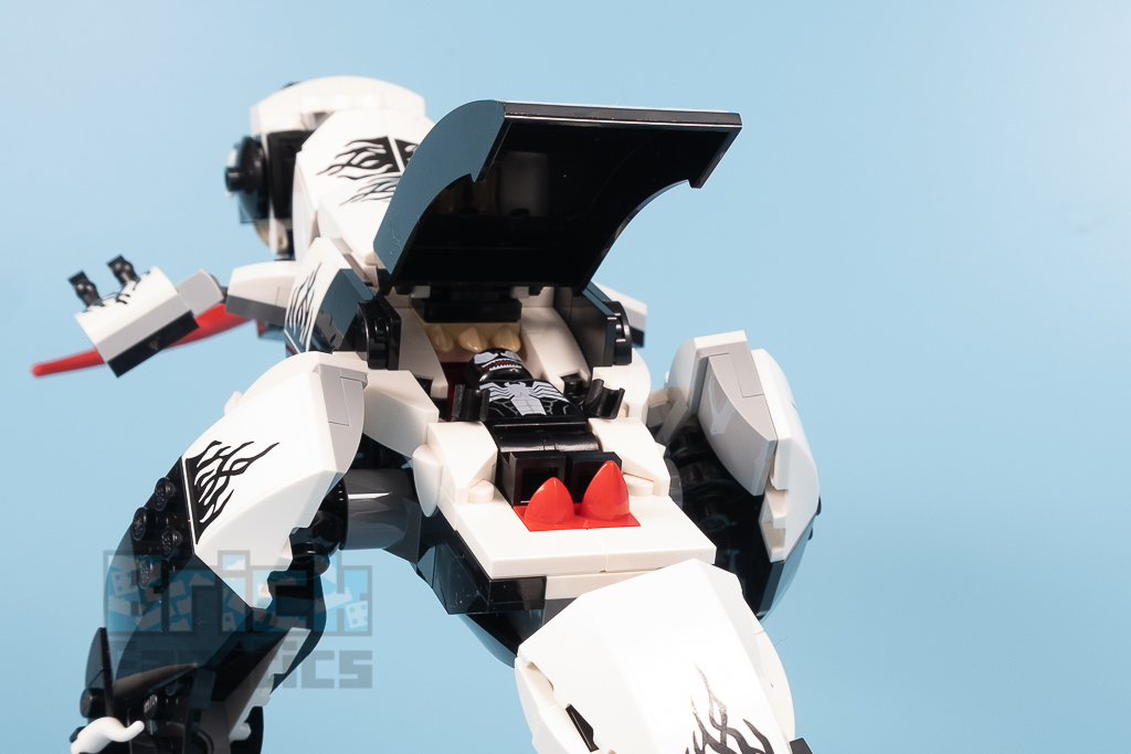 LEGO Spider Man 76151 Venomosaurus Ambush 13