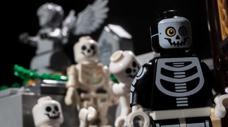 LEGO Spooky E1603751141926