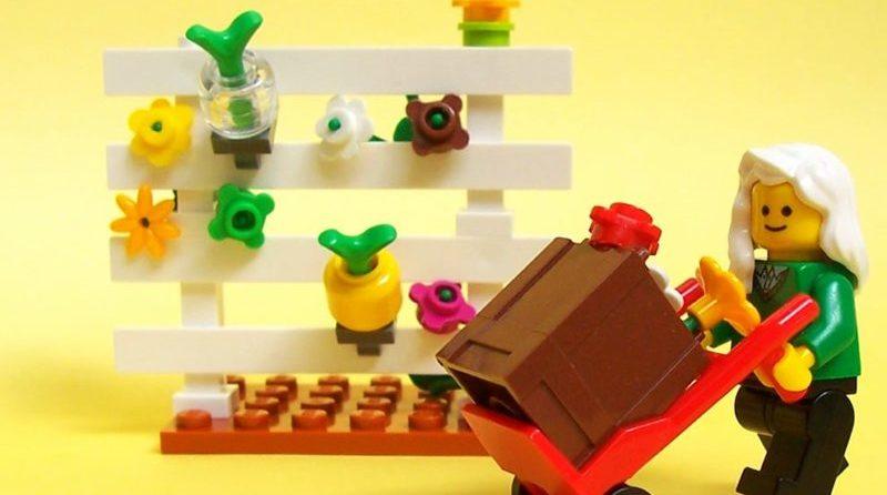 LEGO Spring Gardening E1617044784514