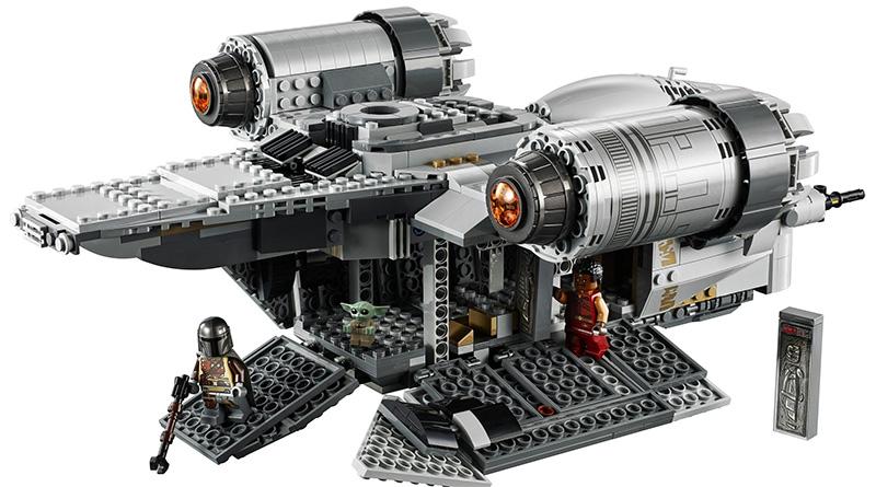 LEGO Star Wars 075292 Razor Crest Featured