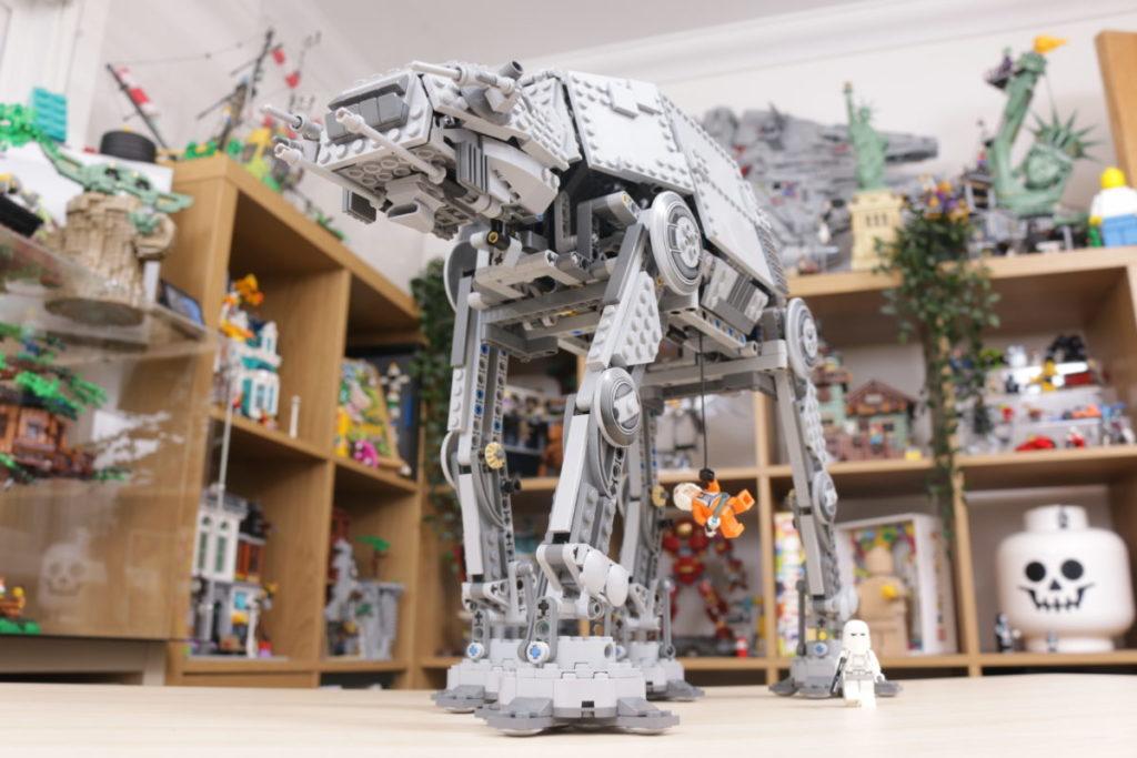 LEGO Star Wars 10178 Motorized Walking AT AT review 12