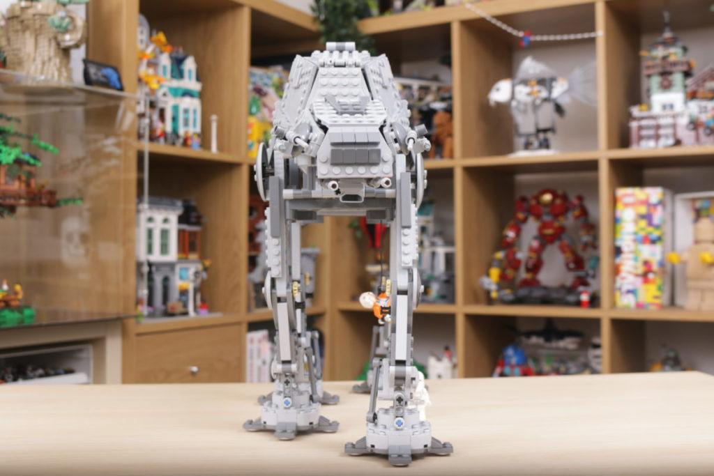 LEGO Star Wars 10178 Motorized Walking AT AT review 13