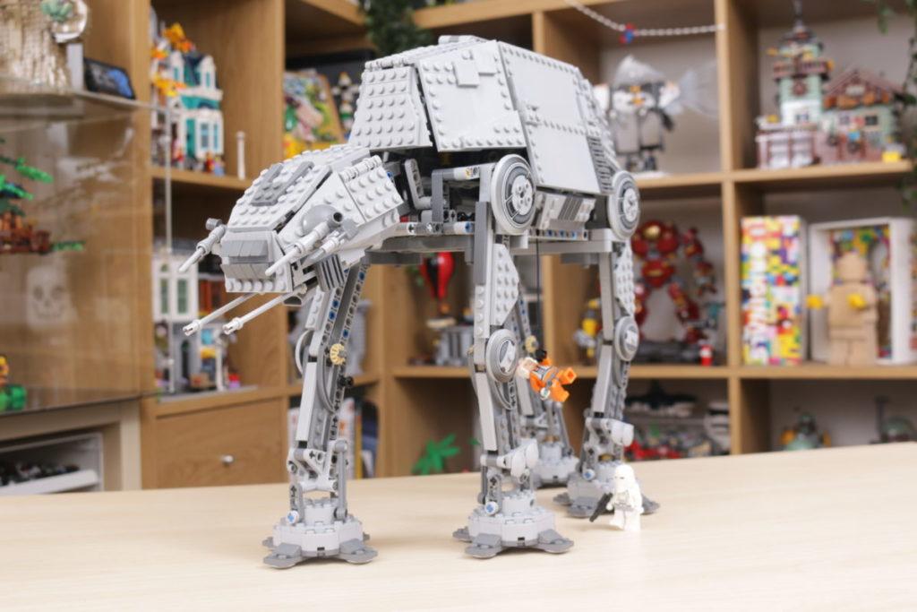 LEGO Star Wars 10178 Motorized Walking AT AT review 16
