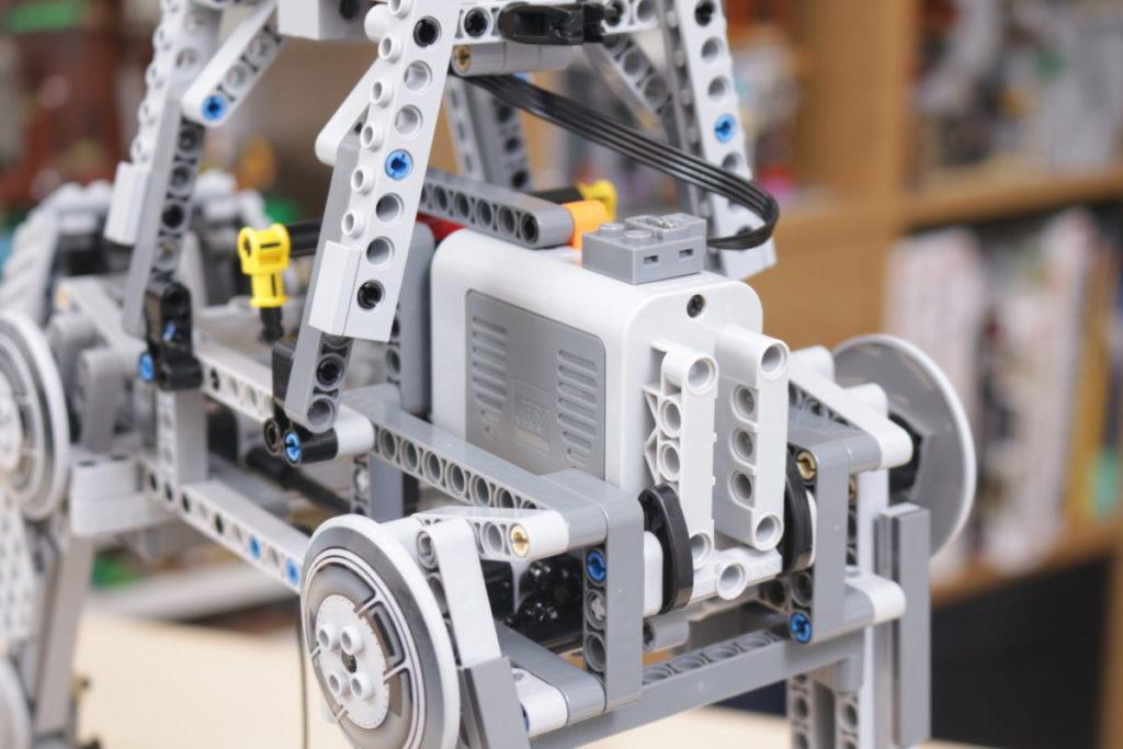 LEGO Star Wars 10178 Motorized Walking AT AT review 19