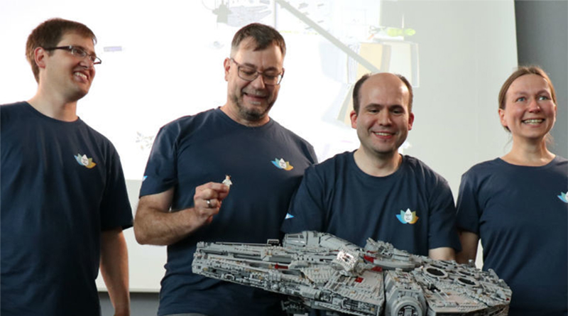 LEGO Star Wars 75192 Guiinness World Record Featured 800 445