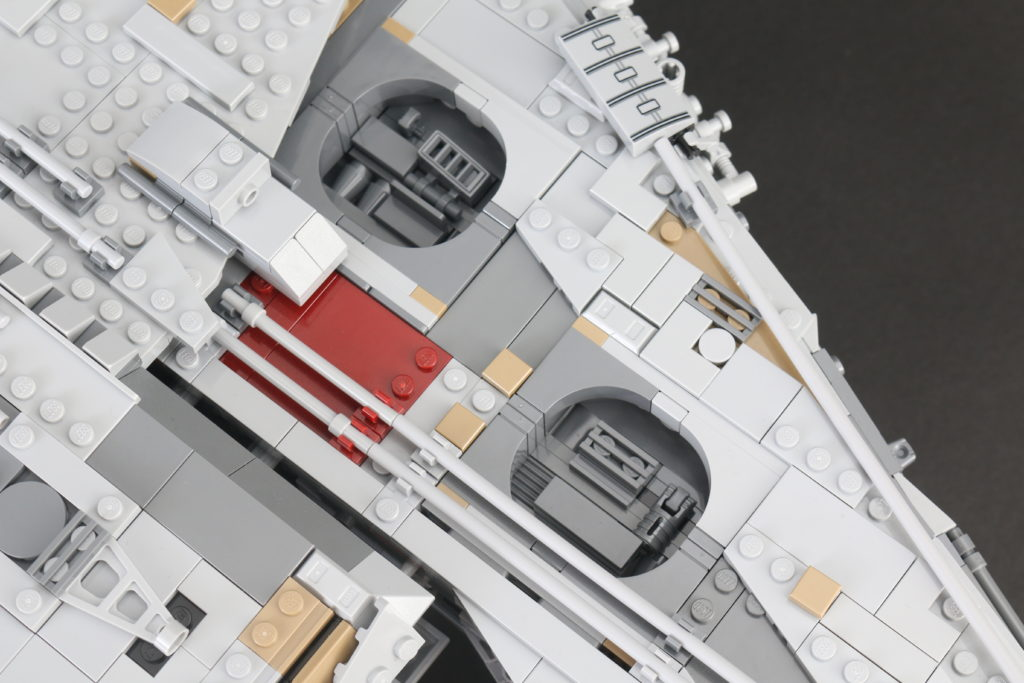 LEGO Star Wars 75192 UCS Ultimate Collectors Series Millennium Falcon Review 28
