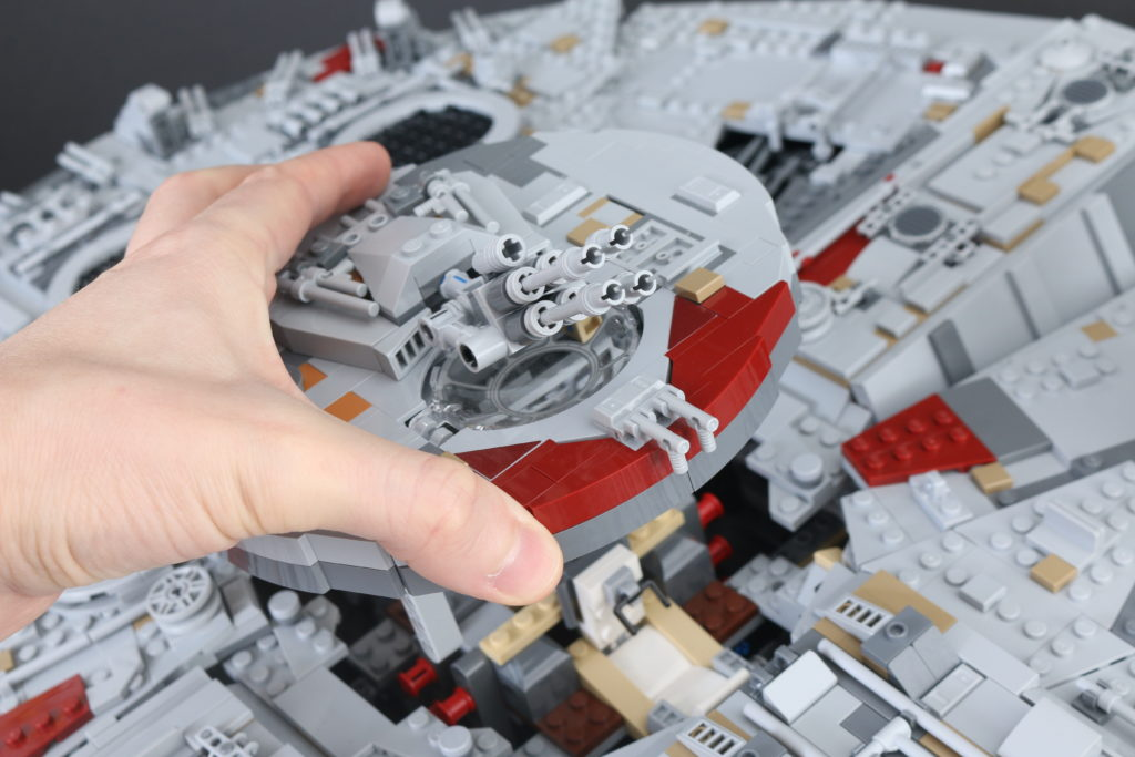 LEGO Star Wars 75192 UCS Ultimate Collectors Series Millennium Falcon Review 30