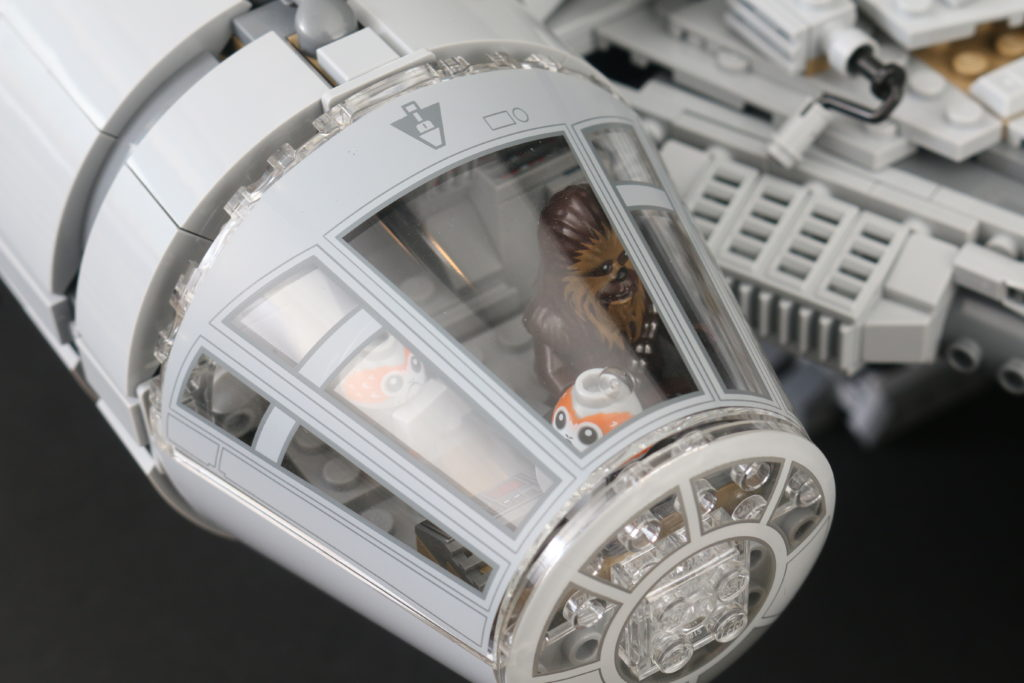 LEGO Star Wars 75192 UCS Ultimate Collectors Series Millennium Falcon Review 54