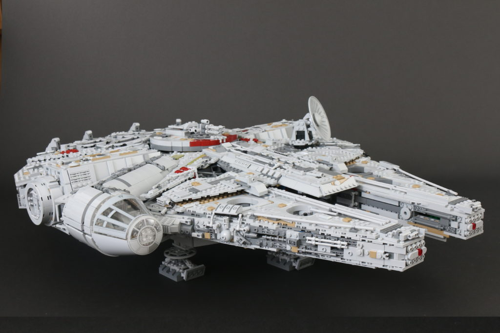 LEGO Star Wars 75192 UCS Ultimate Collectors Series Millennium Falcon Review 9 1