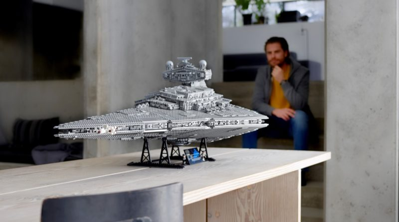 LEGO Star Wars 75252 Imperial Star Destroyer featured