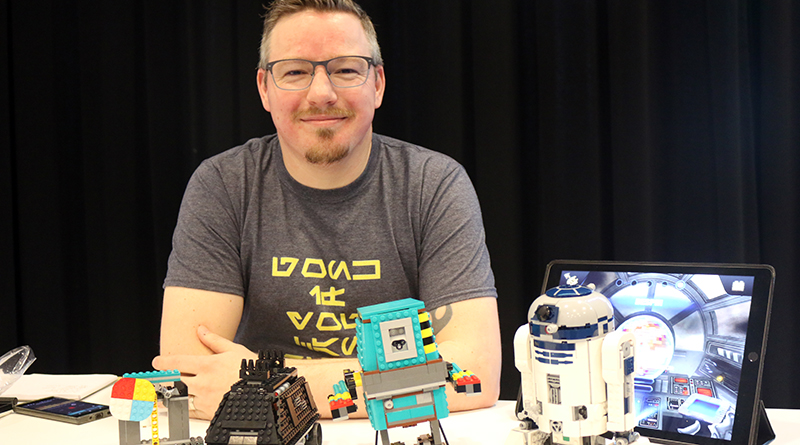 LEGO Star Wars 75253 BOOST Droid Commander Interview 2 Featured