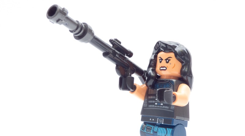 LEGO Star Wars 75254 AT ST Raider Cara Dune Featured