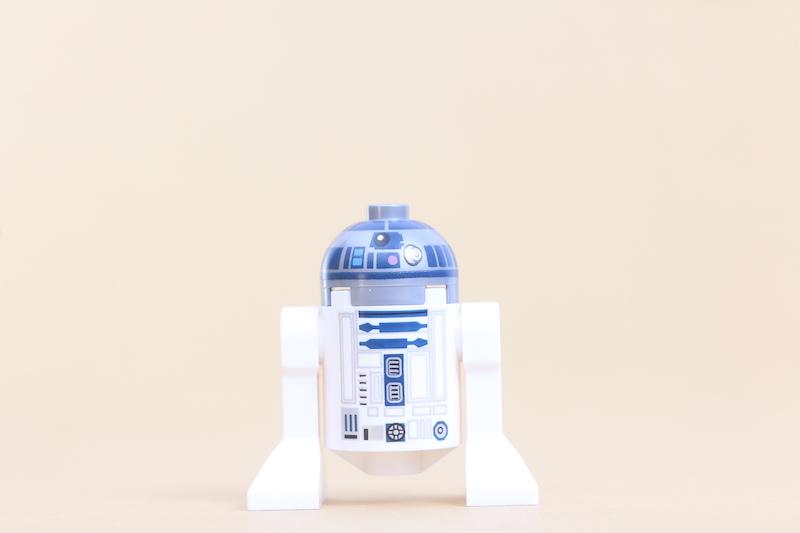 LEGO Star Wars 75270 Obi Wan's Hut Review 22