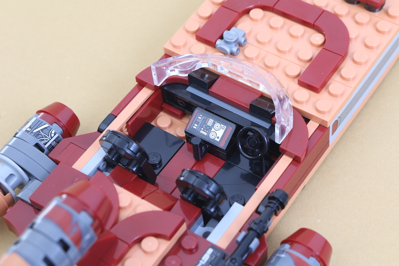 LEGO Star Wars 75271 Luke Skywalker's Landspeeder Review 10