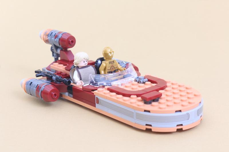 LEGO Star Wars 75271 Luke Skywalker's Landspeeder Review 4