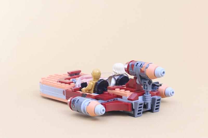 LEGO Star Wars 75271 Luke Skywalker's Landspeeder Review 5