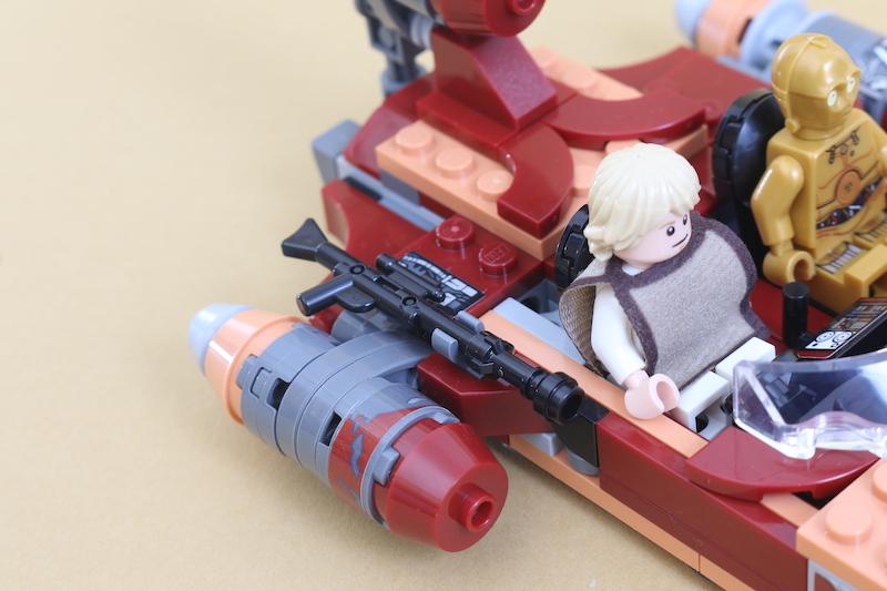 LEGO Star Wars 75271 Luke Skywalker's Landspeeder Review 9