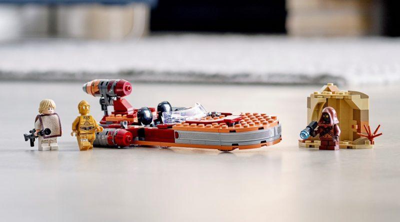LEGO Star Wars 75271 Luke Skywalkers Landspeeder featured
